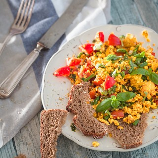 Scrambled Tofu [Vegan Breakfast]