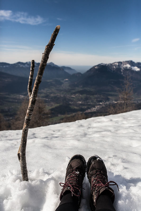 I was mountain Hiking in Berchtesgaden. and conquered 1000 m of elevation climb until I reached the Mitterkaseralm on the Jenner. Read all about the unexpected difficulties on Purple Avocado.