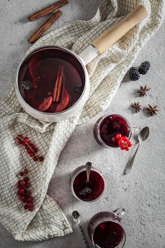 Recipe for a hot wild berry punch. Perfect for the winter and Christmas season. Optional with or without alcohol.