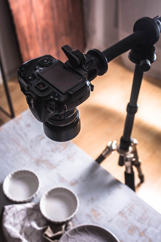 The most important equipment for food photography - a tripod arm