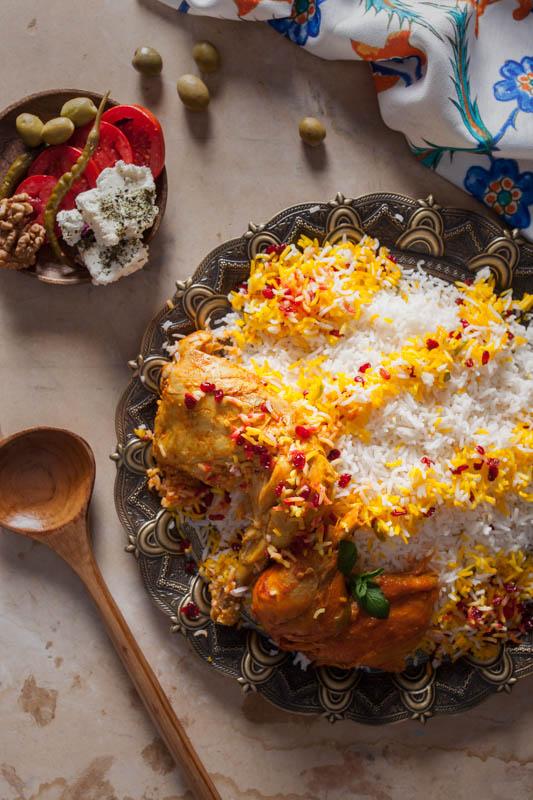 Zereshk polo ba morgh – Reis mit Berberitzen und Hühnchen