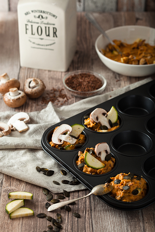 Vegan, savory sweet potato muffins with mushrooms, zucchini and pumpkin seeds. Recipe on Purple Avocado.
