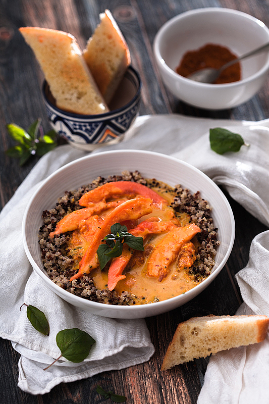 Papaya Curry with Coconut Milk and Quinoa