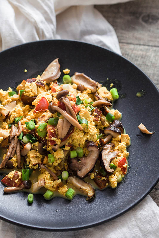 Scrambled Tofu with Mushrooms [From my Fridge]
