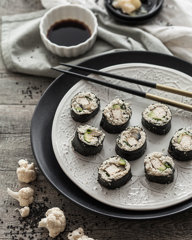 Cauliflower Sushi with fried Egg Plant, Zucchini and Tofu