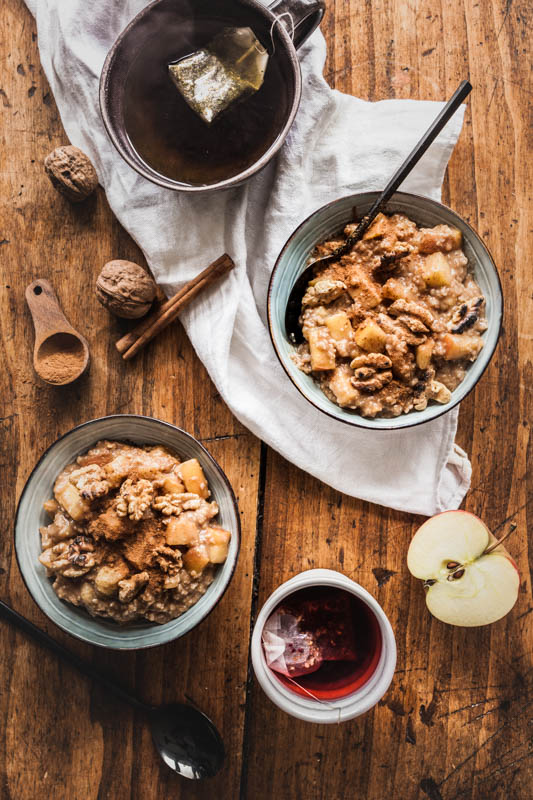 Baked apple oatmeal with cinnamon