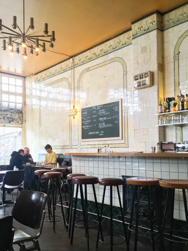 Bare walls, high ceilings, yet (or maybe because of it) the Saal II is quite a cozy place to have breakfast in Hamburg.