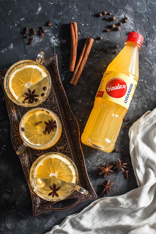 Mulled white wine with Sinalco orange lemonade